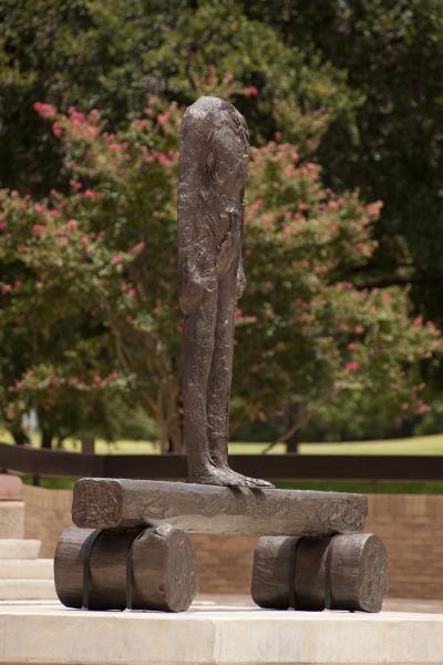 University of Texas Landmarks - Represents 03 abakanowicz figureonatrunk web paulbardagjy?itok=ozk9 b2w