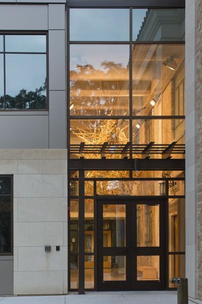 University of Texas Landmarks - Represents charles foreverfree photobypaulbardagjy mg9c1114?itok=DFgaECnG