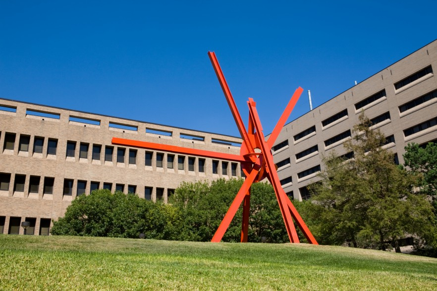 University of Texas Landmarks - Represents disuvero clockknot photobybenaqua 000503471 3600?itok=NY6T1VCs