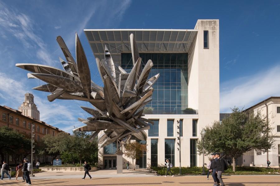 University of Texas Landmarks - Represents dsc 7652 rubins monochromeforaustin final photobypaulbardagjy?itok=DcqezGAf