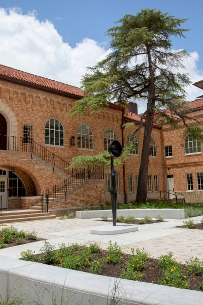 University of Texas Landmarks - Represents leighs sentineliv photobychristinamurrey 4?itok=htkjn JK